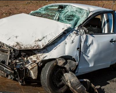 В Севастополе столкнулись два легковых автомобиля