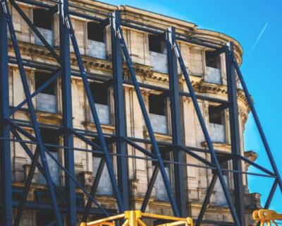 В Севастополе продолжается капитальный ремонт жилых домов
