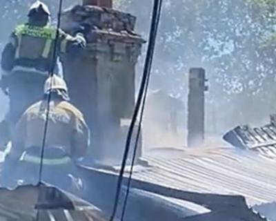 Спасатели МЧС ликвидировали пожар в Гурзуфе