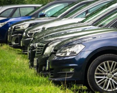 Как заставить водителей парковаться в правильных местах