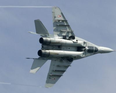 В Черное море упал зарубежный истребитель
