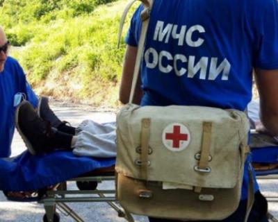 Спасатели МЧС оказали помощь в эвакуации мужчины с плато Мангуп-кале