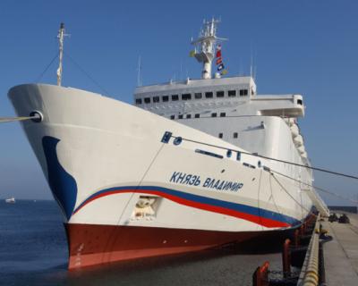 В Севастополе открывается летняя навигация лайнера «Князь Владимир»