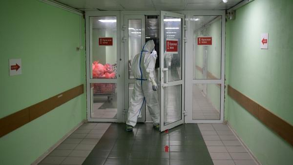 В Госдуме задумались об экскурсиях в красную зону для непривитых от COVID