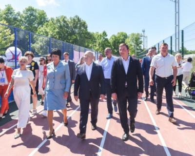 Развожаев и Турчак открыли новый физкультурно-оздоровительный комплекс в Севастополе