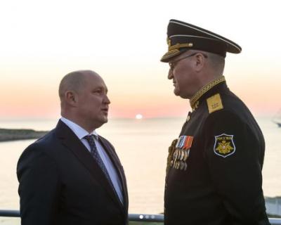 Президент России высоко оценил деятельность командующего ЧФ и начальника полиции Севастополя
