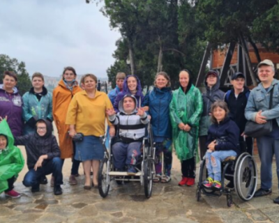 Херсонес посетила группа инвалидов со всей России
