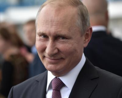 Владимир Путин отклонил поправки к закону о СМИ