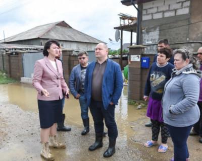 В Севастополе продолжается ликвидация последствий непогоды
