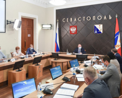 Правительство Севастополя выделило больше денег на поддержку медицины