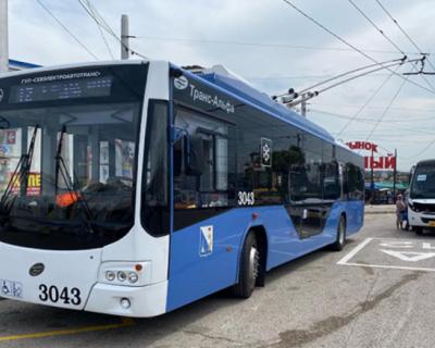 Губернатор Севастополя сравнил график работы троллейбусов с метрополитеном