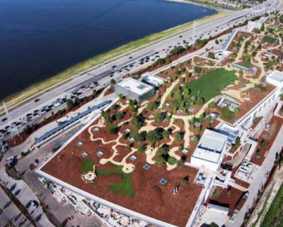 Facebook переехал в новую штаб-квартиру с парком на крыше и одной комнатой на 2800 человек (фото)