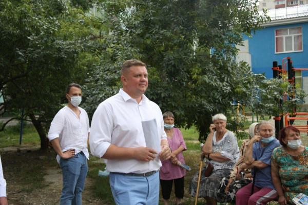 Вице-премьер Крыма Евгений Кабанов ведет работу в регионах 5