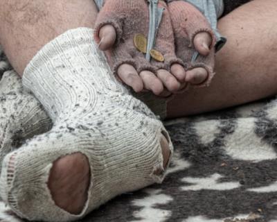 Вопрос на засыпку: кто в Севастополе занимается бездомными людьми?