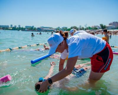 В Севастополе до сентября будут учить детей плавать