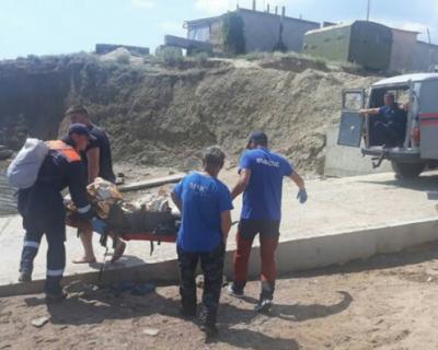 В Крыму мужчина упал с горы