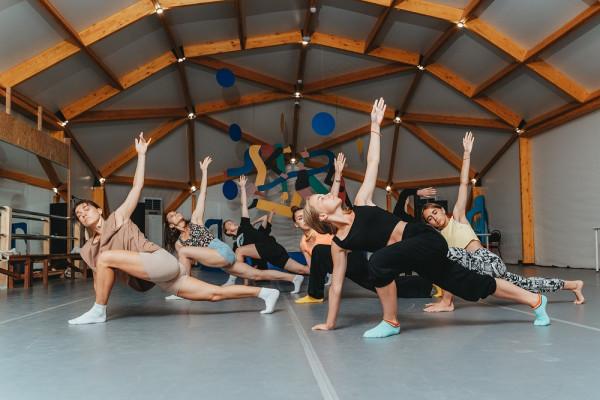 Мода, музыка и танцы: шесть дней творческих коллабораций на «Тавриде»