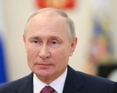 Владимир Путин изменил флаг ВМФ РФ