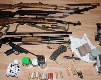 Сотрудники ФСБ ликвидировали 32 оружейные мастерские