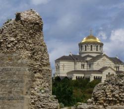 В Севастополь привезли мощи Александра Невского