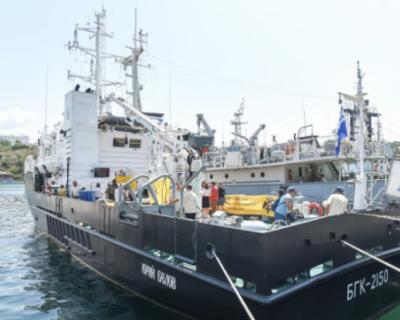 Черноморский флот поможет ученым в поисках погибших судов