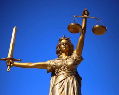 Ялтинский суд вынес приговор мужчине, напавшему на журналиста