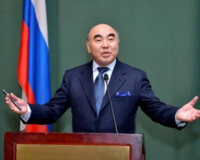 Россия выдала Киргизии экс-президента Акаева