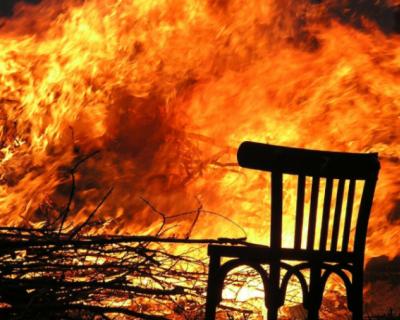 В районе «Золотой балки» загорелась сухая трава