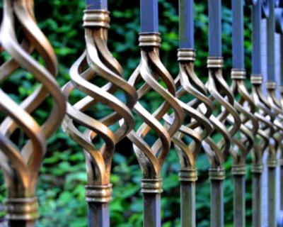 Крымчане украли школьный забор