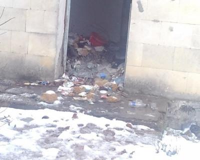 Байдарская долина тонет в мусорных отходах!