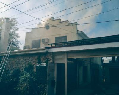 В Севастополе вспыхнул частный дом