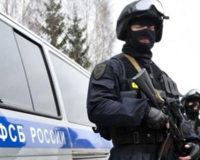ФСБ поймала в Севастополе военного комиссара-взяткодателя