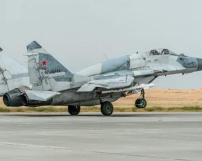 Самолет МиГ-29 разбился в Астраханской области