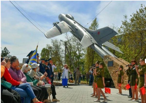 Хамское поведение гостей Севастополя  6