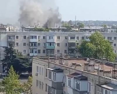 В Севастополе загорелась квартира в многоэтажном доме