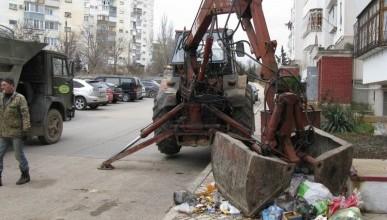 Жильцы «Путинских» домов благодарят за вывезенный мусор «Чистый город» и «Информер»