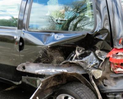 Грузовик протаранил пять автомобилей на трассе Севастополь – Инкерман