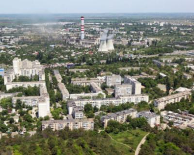 Женщину сбросили с восьмого этажа многоквартирного дома в Симферополе