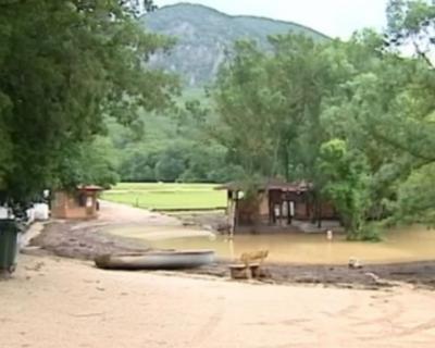 Севастопольцы, пострадавшие от подтопления, получат материальную помощь