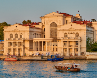 Севастопольские пенсионеры начали получать единовременную выплату в размере 10 тысяч рублей