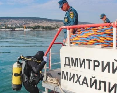 Сотрудники МЧС начали разминирование теплохода «Жан Жорес»