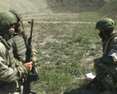 Снайперы ЧФ РФ соревнуются в мастерстве и боевой подготовке