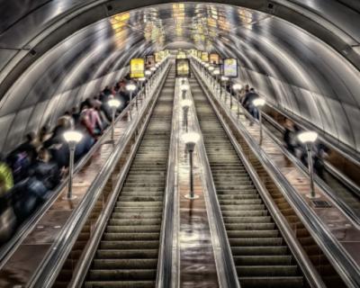 В трех городах России построят метро
