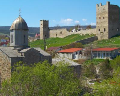 Где находится любимое место отдыха россиян в Крыму