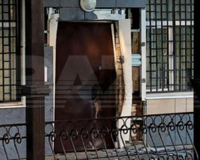 Вооруженный преступник напал на полицейский участок