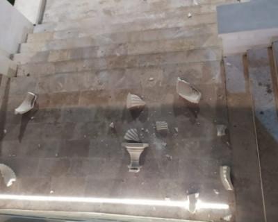 В Керчи поймали вандала, повредившего украшения Митридасткой лестницы