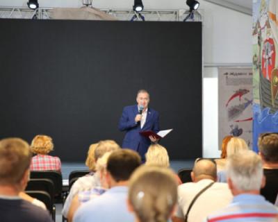Дмитрий Белик встретился с коллективом Херсонесского музея