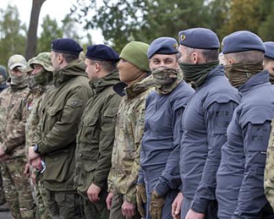 Российских спецназовцев запечатлели в новых беретах