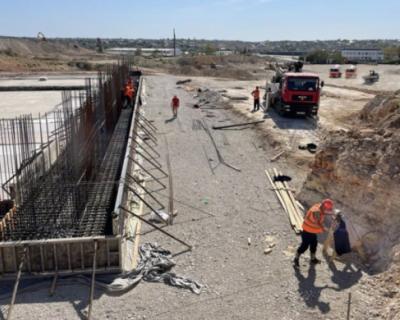 В Севастополе приступили к активному строительству КОС «Южные»