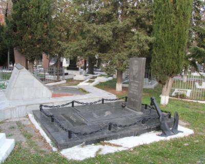 Беспорядок на кладбище Севастополя